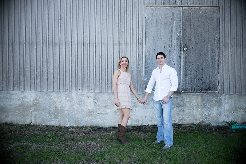 Texas Hill Country engagement session at William Chris Vineyards by Texas wedding photographer Lauren Nygard