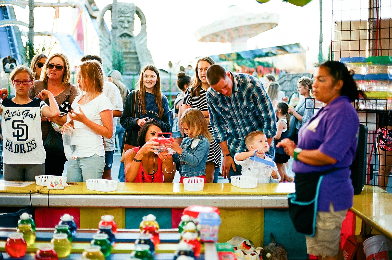 Family photo fun at the San Diego County Fair by family photographer Lauren Nygard